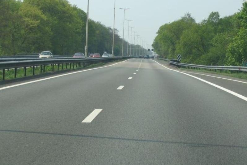 Akoestisch onderzoek wegverkeerslawaai, spoorweglawaai en trillingsonderzoek